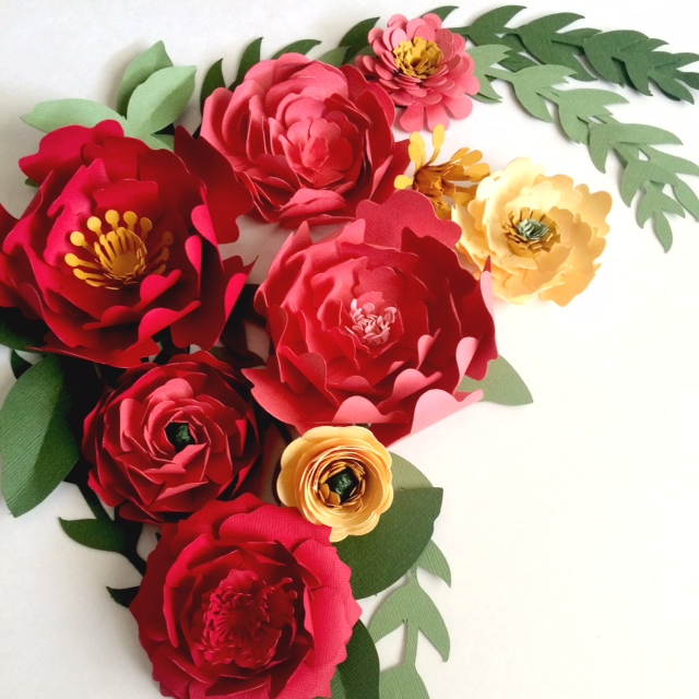Large paper flowers for centerpieces flower walls or escort cards paper flower centerpieces mightylinksfo